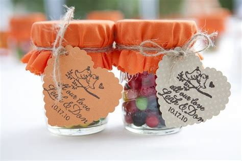Candy wedding favor in mason jar