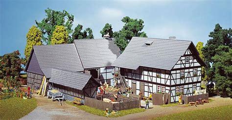 Tiny Häuser Bauen Lassen by Faller 130370 Dreiseit Hof H 195 164 User H0 Modellbahn Katalog