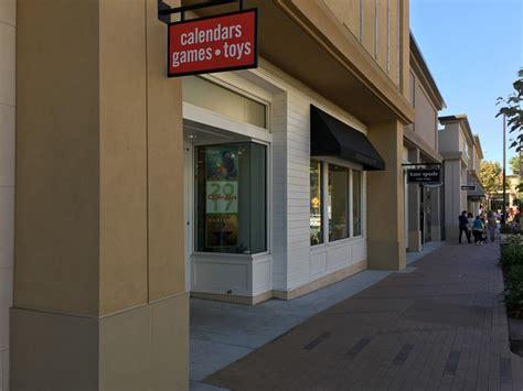 Go Calendars And Toys Go Calendars Toys Opens In Broadway Plaza