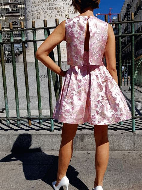 simplicity pattern dancing gif simplicity misses dress by cynthia rowley 8086 pattern