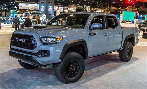 new toyota truck 2017 toyota tacoma trd pro photos and info news car