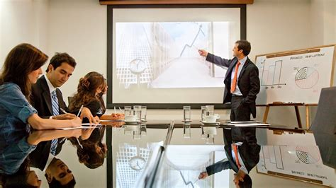 speaker wants presentation to be interactive encourages