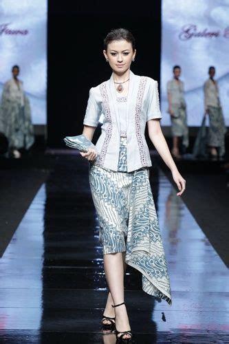 Kemeja Batik Eklusif Modern Original 2 162 best images about model kebaya modern kebaya gaun