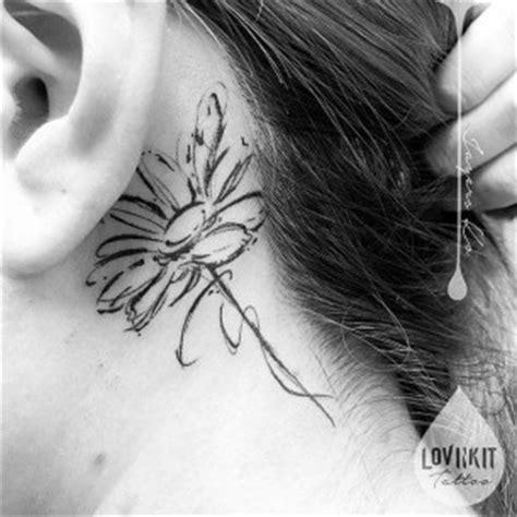 daisy tattoo behind ear behind the ear tattoos best tattoo ideas gallery