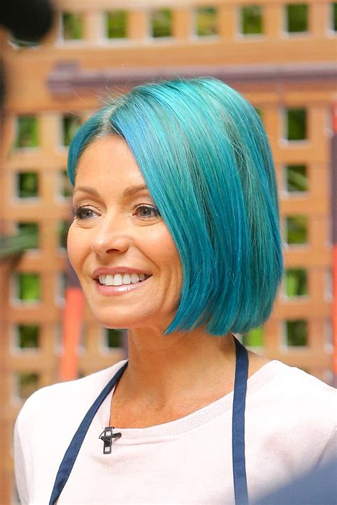 hair color kelly ripa uses kelly ripa debuts bright blue hair today s news our