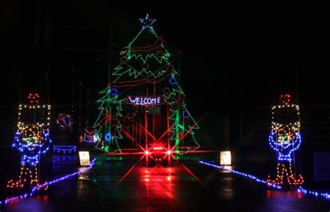 christmas lights extravaganza open at clarksville speedway