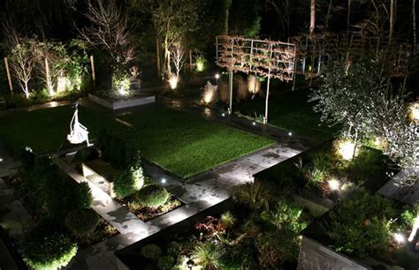 Cool Patio Lights How To Design Cool Garden Lighting Arquitectoria