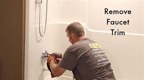 how to remove a fiberglass bathtub and surround in 60
