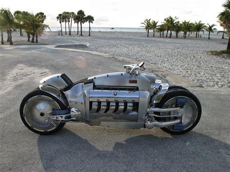 expensive motorcycles   world dodge tomahawk  superbike