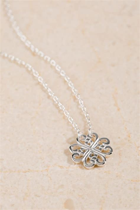 Clover Pendant Chain Necklace sterling silver clover pendant necklace s