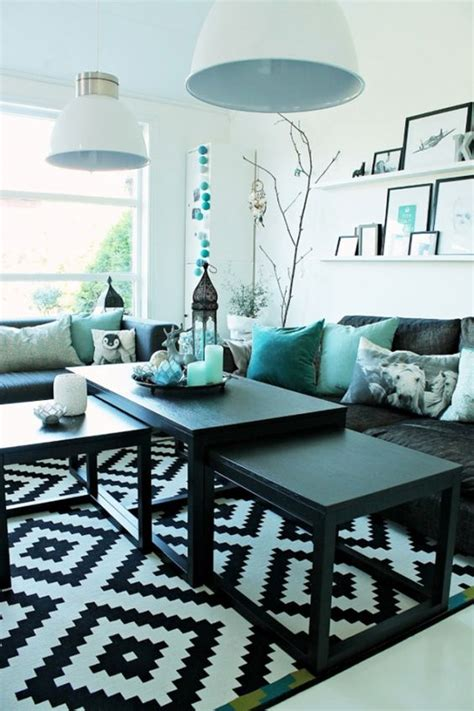 Amazing Living Room Accented With Turquoise Love This Turquoise Living Room Ideas