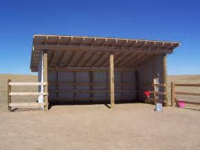 building a loafing shed