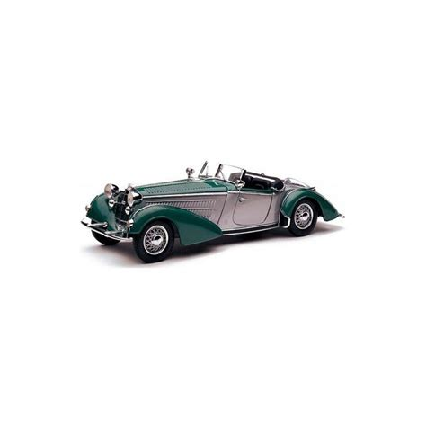 Diecast Sunstar 1939 Horch 855 Roadster Green 1 18 Diecast Model Car 1939 horch 855 roadster 2 tone silver gray and green