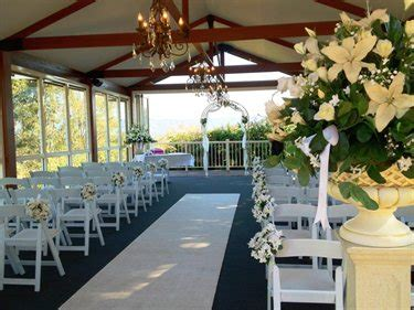 Budget Wedding Venues Brisbane by Accommodation Topiaries At Beaumont Samford Queensland