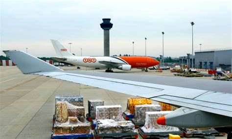 ads advance boeing forecasts air cargo traffic to in next 20 years