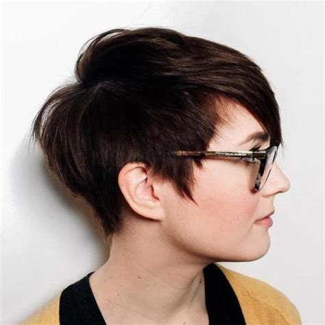 large apple body and round face over 50 hairstyle 50 cute looks with short hairstyles for round faces