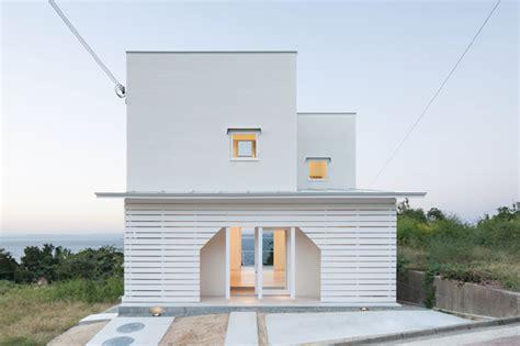 designboom japan house izue architects illuminate house on awaji island in japan