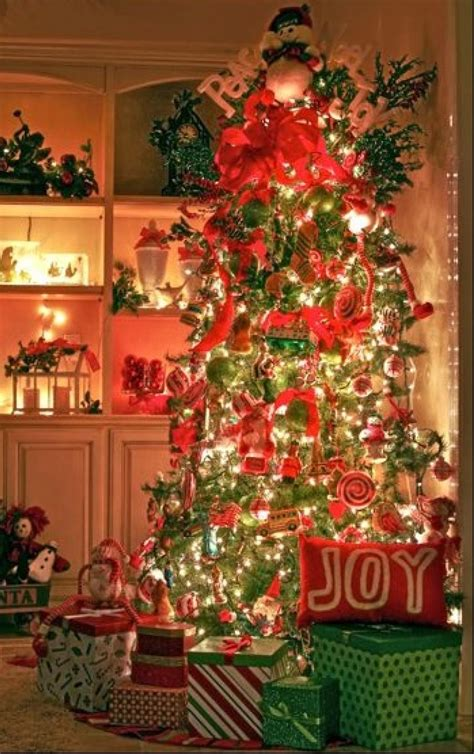 You Decorated by 30 Awesome Tree Decorating Ideas