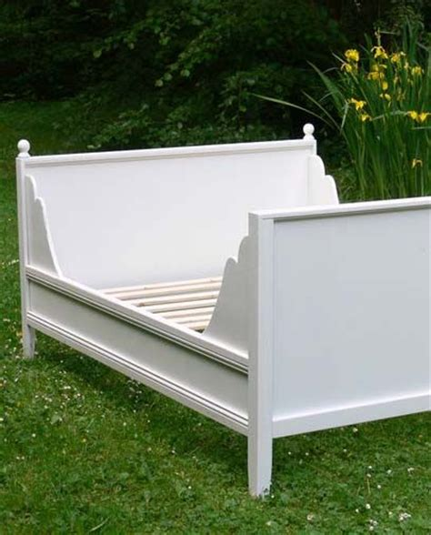 building a daybed ana white build a lydia daybed free and easy diy