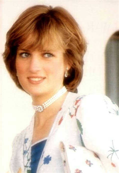 Bantal Foto Custom Printing Bantal Artis Holywood 17 best images about a princess on diana diana spencer and prince georges