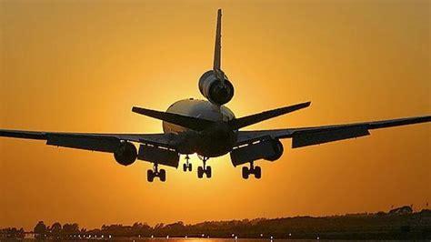 tips naik pesawat sendiri hal hal yang harus anda perhatikan sebelum naik pesawat