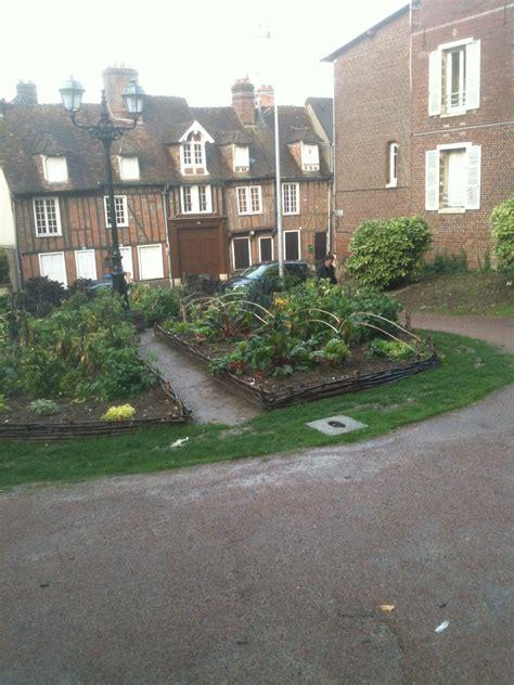 patio beauvais sunday field trip beauvais 183 writer s zone