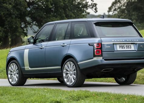 2018 range rover 2018 range rover gets a facelift pricing starts at