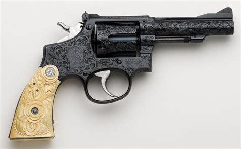 Handmade Gun - nostalgia on wheels gun engraving meets the custom