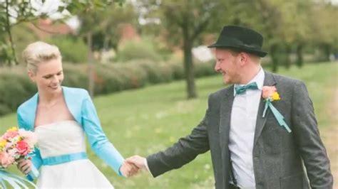 Hochzeit 60er Jahre by Eine 50er Jahre Hochzeit Im Museumsdorf