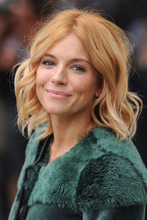 pubic hairstyles for mature women women with blonde pubes cinco tons de loiro para inspirar