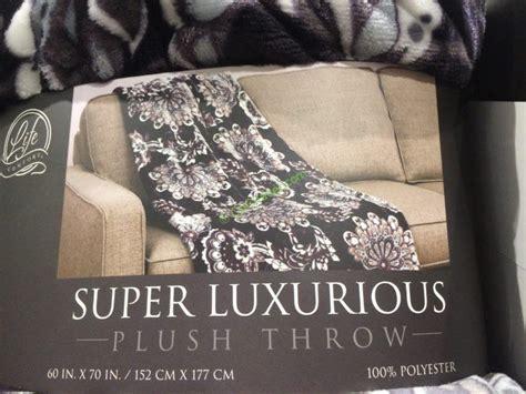 life comfort super luxurious plush throw costco 1049297 life comfort super luxurious plush throw