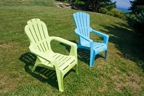 Plastic Garden Chairs by Plastic Adirondack Chair So Wrong Duane S Rants