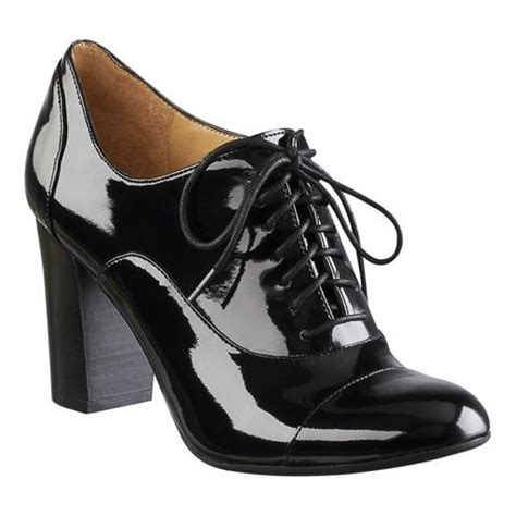 nine west oxford shoes 28 best images about oxford shoes on brogues