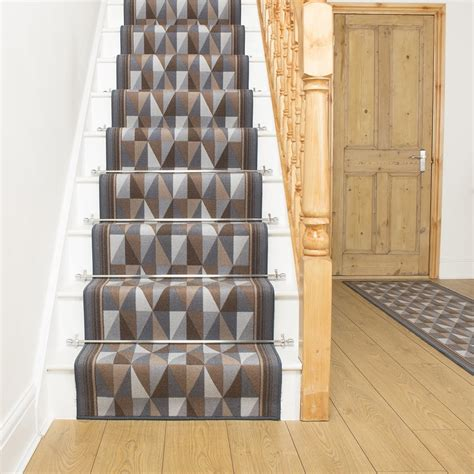 rug runners for stairs rug runners for stairs advantages of rug runners for stairs founder stair design ideas
