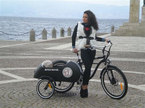 An Electric Sidecar Bicycle, How Cool Is That?   autoevolution