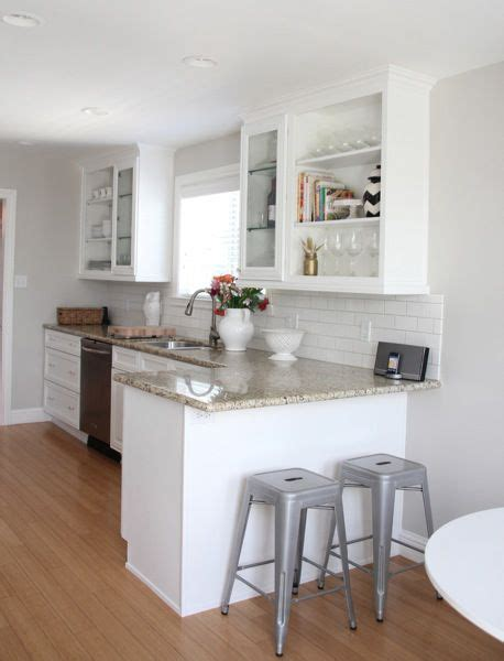 Revere Pewter Kitchen Cabinets The Cabinet Color Is Benjamin S Simply White And The Wall Color Is Revere Pewter 50