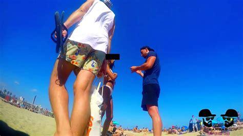chicas en la playa youtube besos faciles kissing prank besando a chicas sexys en la
