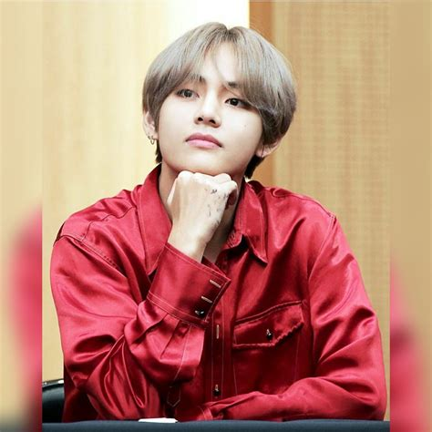kim taehyung latest photos bts ama photos new car specs and price 2019 2020
