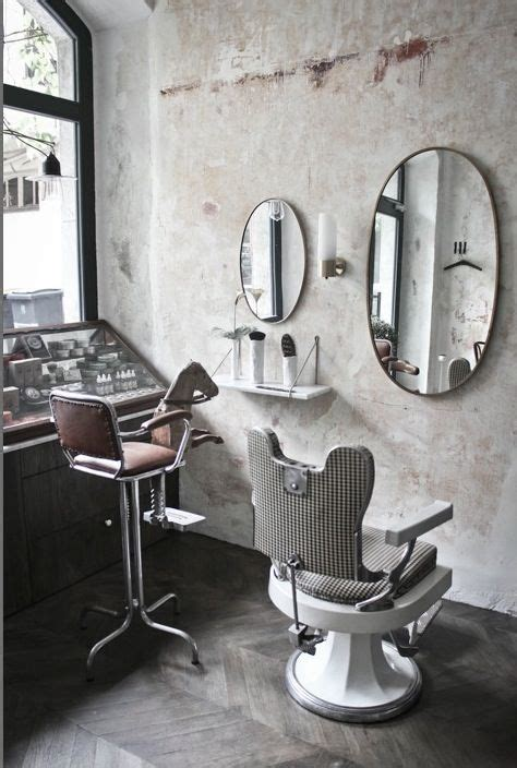 fauteuil barbier salon de coiffure le discret 224 annecy fauteuil barbier miroir laiton fauteuil coiffure