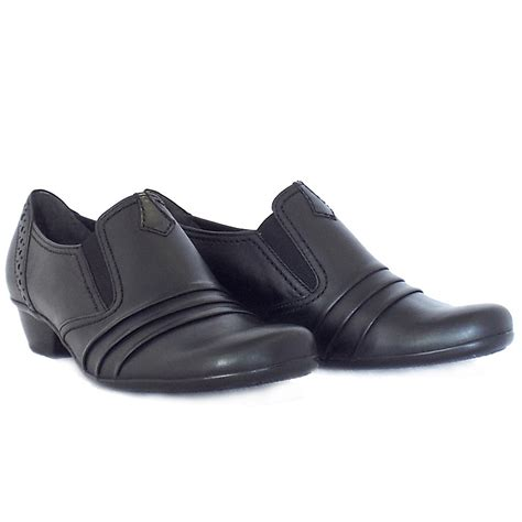 Comfortable Everyday Shoes by Gabor Emerge Comfortable Everyday Shoes In Black Mozimo