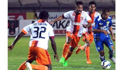 Kaos Persib Bandung Jawabarat lawan padang pusamania ubah strategi bermain bola tempo co