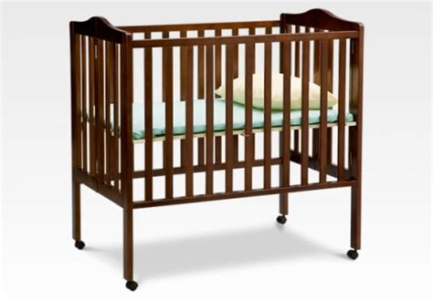 Open Crib by Delta Children Portable Crib
