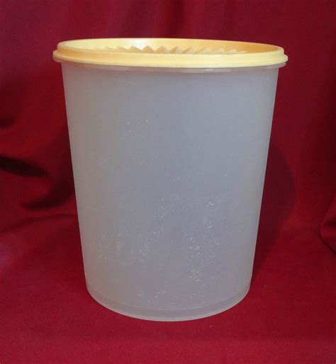 Tupperware Canister Gold Kerupuk tupperware servalier canister vintage white with harvest gold lid 808 2 805 5 other
