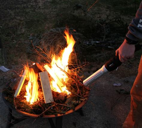 How To Start A In A Firepit How To Start A Fire In A Fire Pit Fast Homeright