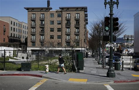 Apartment Complex Oakland Oakland Approves High Rise Hotel And Apartment Complex In
