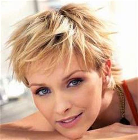 peluqueria cortes desmechado en largo corte de pelo en capas peluqueria