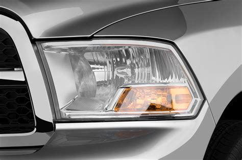 cab lights for dodge ram 2500 first look 2010 dodge ram 2500 3500 2009 chicago auto