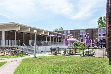 st germain square apartments rentals carbondale il