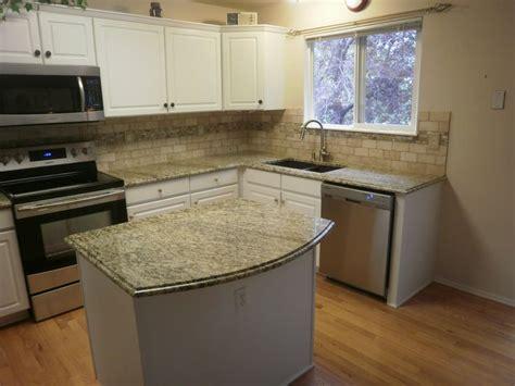 kitchen backsplash ideas with santa cecilia granite countertops and backsplashes santa cecilia granite