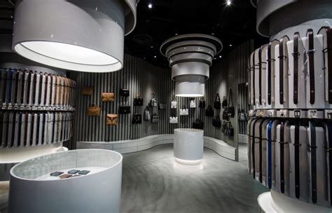 Luxury E Store 20ltdcom by Araldi1930 Heralds Its Asia Boutique In Singapore